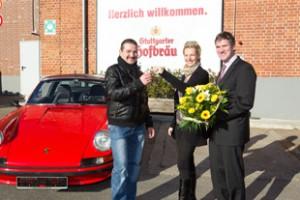 Gewinnuebergabe-Porsche